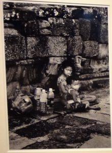 勝浦裕写真展「路上の人々」no.04~アイデムフォトギャラリー「シリウス」